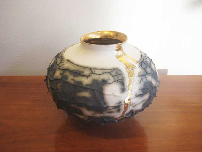 Alex McCarthy, Textured Vase With Gold Lustre 2